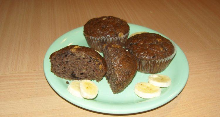 banános csokis muffin tálalva