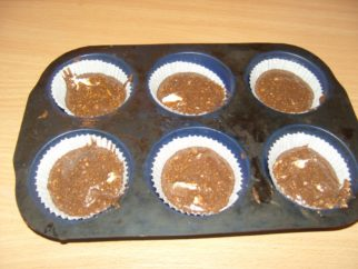 sacher muffin sütés előtt