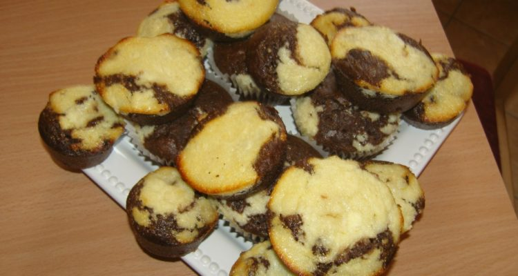 Túrós csokis muffin